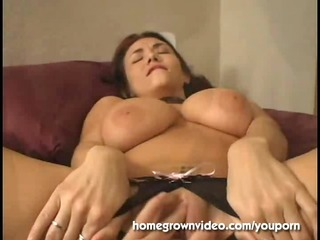 massive titty mother i left with pussy leaking