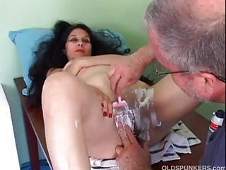 nice-looking older latina receives her fur pie