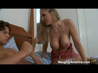 bitchy hot momma julia ann deliciously fills her