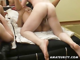 non-professional groupsex with 4 chicks and 2
