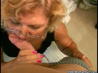 Plump granny acquires a facial