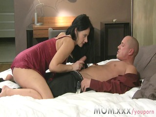 mama cougar wife copulates her lover
