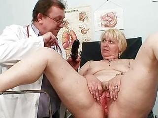 fat blond mommy bushy pussy doctor exam