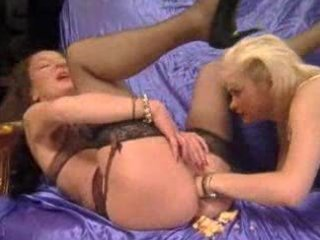 mature - anal and fisting tour