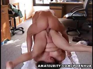bulky non-professional wife drilled on the floor