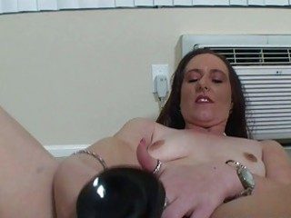 aged chubby woman mastrubating with her toys
