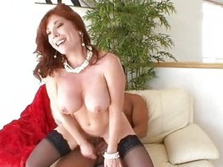 hawt mommy brittany oconnell gets her bawdy cleft