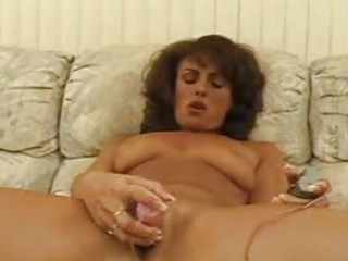 older sweetheart toying hirsute pussy