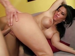 Milf gives a sloppy rimjob