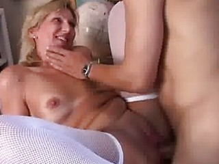older in nylons giving head and acquires